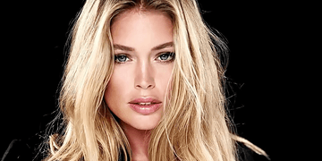 Day 11 - Doutzen Kroes by Hype Williams (LOVE Advent 2016)