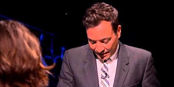 FalPals Latinos - Jimmy Fallon SUBTITULADO en español - Kristen Stewart y Jimmy Fallon