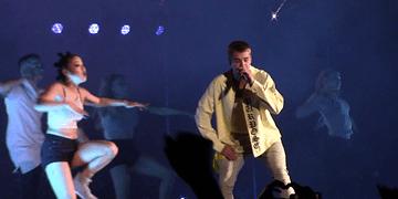 Let Me Love You - Justin Bieber Purpose Tour, Estadio BBVA Bancomer [HD]